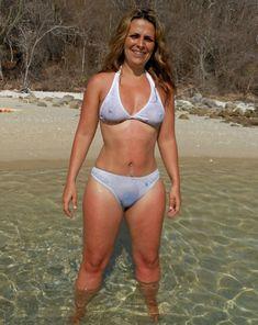 Seksowny strój kąpielowy starszej Pani