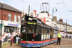 Blackpool Tramway : Pictures : tram 633 at Fishermans Walk