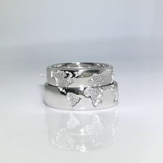 Original wedding rings with world map. These rings can be made only upon individual order. You can change all rings parameters (color, size, stones). Before producing well send the 3d model of your rings (with all the changes you want to make) and only after approval well start the