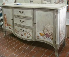 I love this!  I did similar design in green washes on a flip top piano desk.  My paintin' hand is itching!!