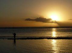 Le Victoria Hotel, Mauritius - Coucher de soleil depuis la plage (Nini-B06, Jun 2013) Un petit coin de paradis!!!