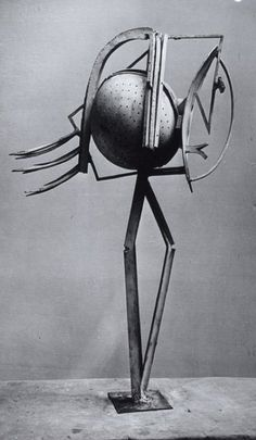 Pablo Picasso, 1943, Sculpture with strainer and fork, variant,  copper. Photo by Brassaï.