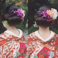 冬への変わり目の風でしょうか… ひんやり肌寒い1日となりました。 今日の新婦様もきっちりまとめ髪です♡ ・ #日本髪 #結い髪 #紅葉 ・ @dsw0211 ・・・・ ・ ・ #秋#hairarrange #bridal #hair #hairstyle #bridalhair #外国人風ヘアー#ブライダルフォト #ブライダルヘア #ウエディングフォト #igwedding #写真好きな人と繋がりたい #写真撮ってる人と繋がりたい #プレ花嫁 #cute#like4like#beauty#波ウェーブアレンジ#生花#cute #ゆるふわ#ルーズアップ#love#loveit#挙式ヘア #ルーズアップ#波ウェーブ#色打掛