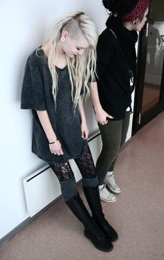 Knee-high boots, grey over-the-knee socks, black lace tights. Awesome look.