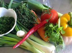 umgerührt - aus ginette's veggie kitchen: REZEPT: gemüse-/kräuterbouillon (kräutersalz) mark...