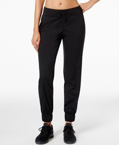 Stay dry and comfortable during your next training run with the Aphrodite jogger pants from The North Face, made from a herringbone-textured FlashDry-Xd fabric.   Nylon/elastane   Machine washable   I