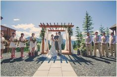 Wedding pictures, wedding photography, weddings, brides, bride and groom pictures, wedding poses for bride and groom, lace wedding dress, country wedding ideas, canada wedding, country wedding, evelyn Jane photography, Beyond the Wanderlust, Inspirational Photography Blog