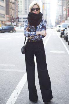 dig the chunky infinity scarf, tiny handbag, and katharine hepburn-esque pants.  ps joanna hillman is always perfect