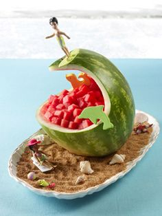 Watermelon carving is so much fun especially when you can carve Surf Wave! Simply follow the instructions and gather the necessary materials and lets get started carving watermelons!