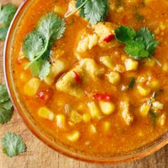 A soup with chicken and corn - fantastic! Healthy Soup Recipes, Diet Recipes, Cooking Recipes, I Love Food, Good Food, No Cook Appetizers, Dinner Dishes, Kitchen Recipes, Food Photo