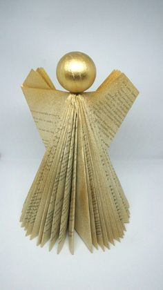 Christine Craft's free book folding pattern is perfect for Christmas. Christine shows you how to fold your book (choose a festive novel like A Christmas Carol for an extra Christmassy edge) into this pretty angel. This would look so good sat atop a book-lovers tree or perched on your stack of books. Diy Christmas Angel Ornaments, Book Christmas Tree, Christmas Crafts For Gifts, Christmas Decorations To Make, Christmas Ideas, Book Tree, Christmas Carol, Christmas Angels, Christmas Inspiration