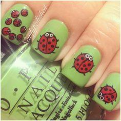 Ladybug Nails!! So stinking cute!!