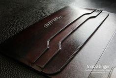 peněženka a pouzdro na telefon z kůže handmade