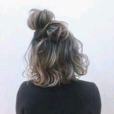 Pin by 雨 on 髪型 in 2019 My Hairstyle, Messy Hairstyles, Pretty Hairstyles, Medium Hair Styles, Curly Hair Styles, Natural Hair Styles, Hair Arrange, Corte Y Color, Brown Blonde Hair