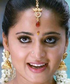 Anushka Latest Photos, Anushka Photos, Indian Long Hair Braid, Braids For Long Hair, Actress Anushka, Malayalam Actress, Indian Bollywood Actress, Bollywood Cinema, Most Beautiful Indian Actress