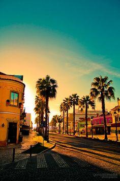 Lista dos melhores destinos de viagem para solteiros: http://guiame.com.br/vida-estilo/turismo/conheca-lista-dos-melhores-destinos-para-solteiros.html