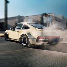 911legendsneverdie: Awesome Shot via @classiccarchasers