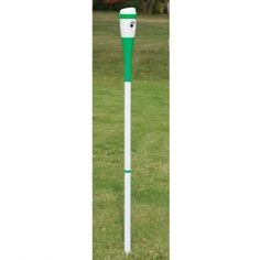 Golf swing-recording camera sticks into the turf like a giant tee