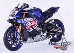 Pata Yamaha YZF-R1M riders for WorldSBK 2016 are Alex Lowes and 2014 World Superbike Champion Sylvain Guintoli