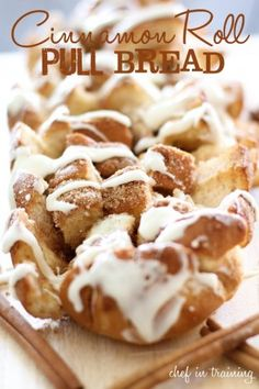 10 delicious brunch ideas -love this cinnamon roll pull bread from Chef In Training