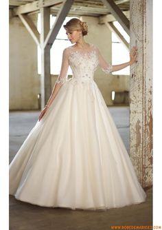 Robe de mariée avec manches appliqué fleur perles