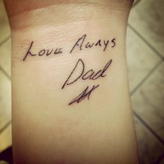 My dad passed away about 8 month ago and I wanted to have a reminder of him… Parent Tattoos, Dad Tattoos, Girly Tattoos, Mini Tattoos, Future Tattoos, Body Art Tattoos, Cool Tattoos, Father Daughter Tattoos, Tattoos For Daughters