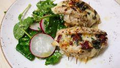 Pui italian cu salată de primăvară Mozzarella, Baked Potato, Camembert Cheese, Potatoes, Lunch, Chicken, Meat, Baking, Dinner