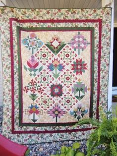 Handmade Twin Size Flower Porch Quilt