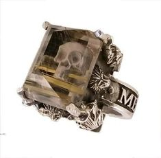 Skull ring....dude mine!!