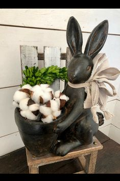 This black resin rabbit pot would go perfectly on my buffet! I could use it all year long and change the flowers in the pot to match the season. #farmhousedecor #ad #decorations #farmhouse #easter #easterdecor #homedecor