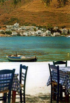 Xilokeratidi waterfront view from taverna in Amorgos island, Cyclades_ Greece Mykonos, Santorini, Beautiful Islands, Beautiful World, Beautiful Places, Amazing Places, Paros, Disco Bar, Greek Sea