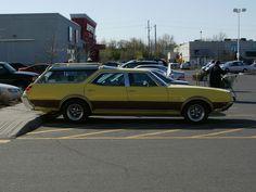 A 1969 Oldsmobile Vista Cruiser 442 station wagon