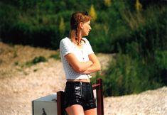 leather shorts, lederhosen, lackleder hose, ledershorts, kurze lederhose                                                                                                                                                                                 Mehr