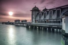 Sunrise Penarth Pier by Steve Deakin on 500px
