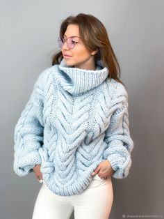 Fan Of Chunky Turtlenecks Knit Sweater Outfit, Chunky Knit Cardigan, Mohair Sweater, Sweater Fashion, Hand Knitted Sweaters, Sweater Knitting Patterns, Cute Sweaters, Winter Sweaters, Handgestrickte Pullover