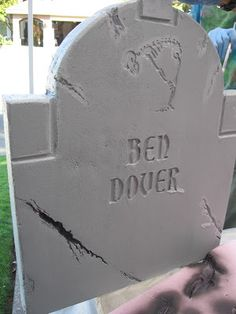 Awesome headstone via ShellHawk's Nest
