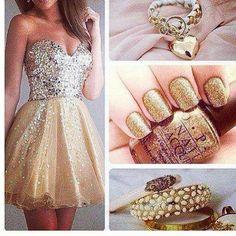 #gold #golddress #nail #ring #fingers #beautifuldress #wonderfulldress #or #vernisor #bague #heart #coeur #love #legs #skinny #bronzee #tanned