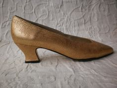Fabulous Vintage Evening Shoes Gold Faux Alligator Skin Proxy French Heel Made in Spain New Old Stock 6M Metallic Gold Pair of Pumps