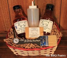 Bring on the Summer with the Grillmaster BBQ Gift Basket. Thank You Baskets, May Day Baskets, Diy Gift Baskets, Fathers Day Gifts, Gifts For Dad, Pig Shelter, Bbq Gifts, Auction Baskets, Gift Cake
