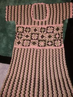 This site is called,Granny Mania...so there are lots of cute Granny things, like this Dress!