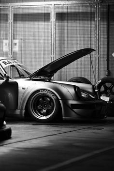 RWB Porsche 911 customized by RAUH-Welt Begriff