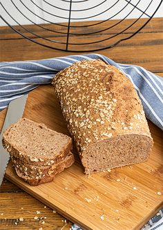 Easy Banana Bread, Grain Foods, Good Mood, Bread Baking, Grains, Food And Drink, Recipes, Recipe Review, Baguette