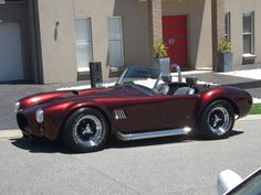 AC Cobra | Convertible | Amazing Classic Cars: