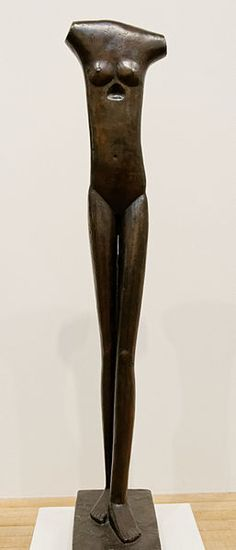"""Alberto Giacometti (1901–1966). Swiss sculptor, painter, draughtsman, and printmaker. """"Femme qui marche"""". Bronze. Tate Modern. Photographer:  Marie-Lan Nguyen (required by the license) © Marie-Lan Nguyen / Wikimedia Commons / CC-BY 2.5"""