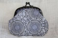 Dr Who Tardis Console Coin Purse by JensSewing on Etsy Millennium Falcon, Dr Who, Tardis, Doctor Who, Print Patterns, Console, Coin Purse, Purses, Earrings