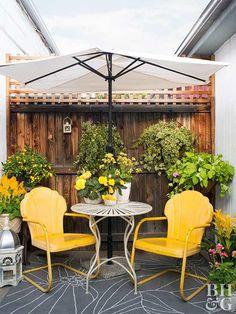 Painted Metal Lawn Chairs Just Like Grandma And Granddad S Outdoor Seating Remain Sentimental Favorites