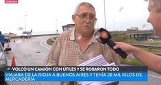 Un transporte de carga volcó en las proximidades de la ciudad de Córdoba, Argentina. De inmediato, los vecinos procedieron a apropiarse de la carga y comercializarla. Caímos muy bajo.
