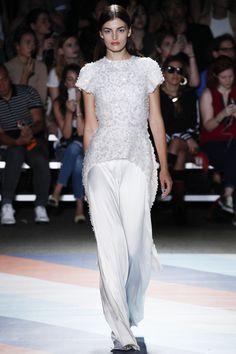 #ChristianSiriano  #fashion  #Koshchenets  Christian Siriano Spring 2017 Ready-to-Wear Collection Photos - Vogue