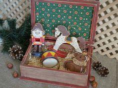 Купить или заказать Щелкунчик - набор елочных игрушек в интернет-магазине на…