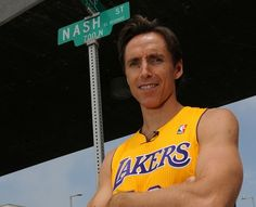 Steve Nash + LAKERS = !!!!!! I dont think i will ever LOVE this photo.....sorry steve....